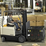 Updated heavy-duty FC 5200 electric counterbalance forklift