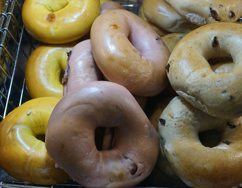 donuts-1923881_1280
